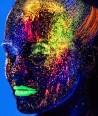 Šviečiantys UV, dažai - blizgesiai veidui, kūnui 10 ml.